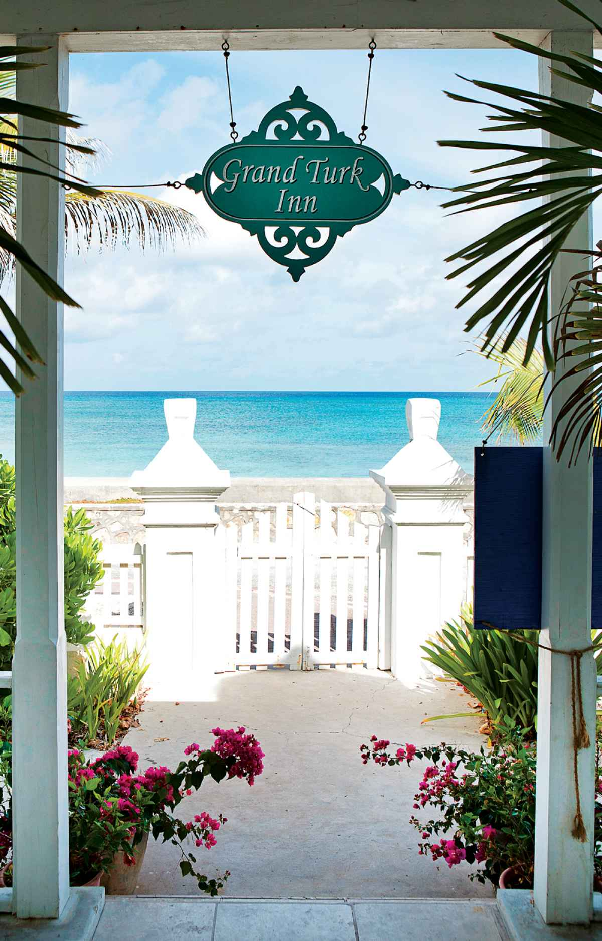romantic_getaway_resorts_turks_caicos_grand_turk_inn